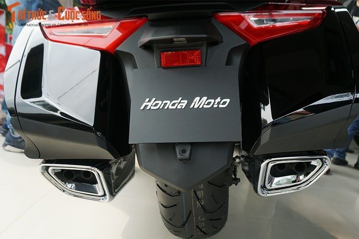 Danh gia moto Honda Gold Wing moi gia 1,2 ty tai Viet Nam-Hinh-11