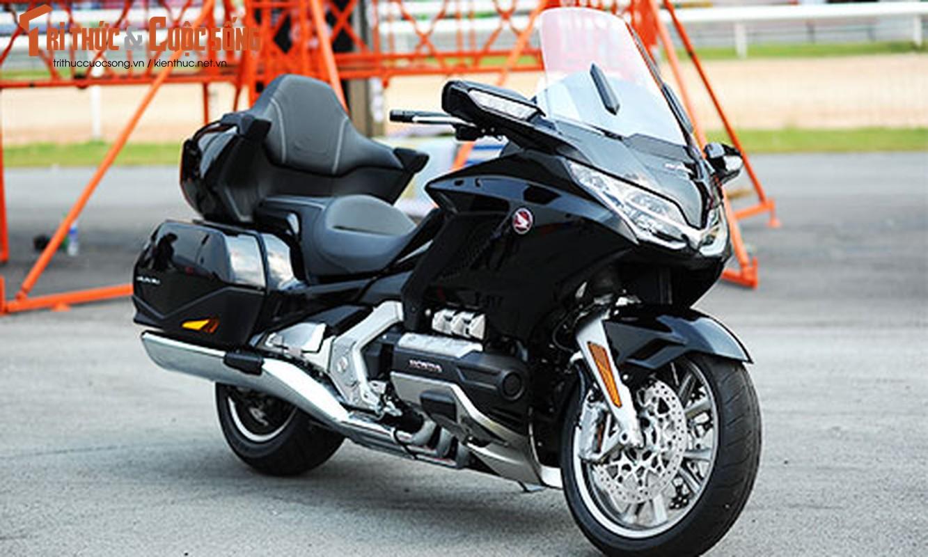 Danh gia moto Honda Gold Wing moi gia 1,2 ty tai Viet Nam-Hinh-17