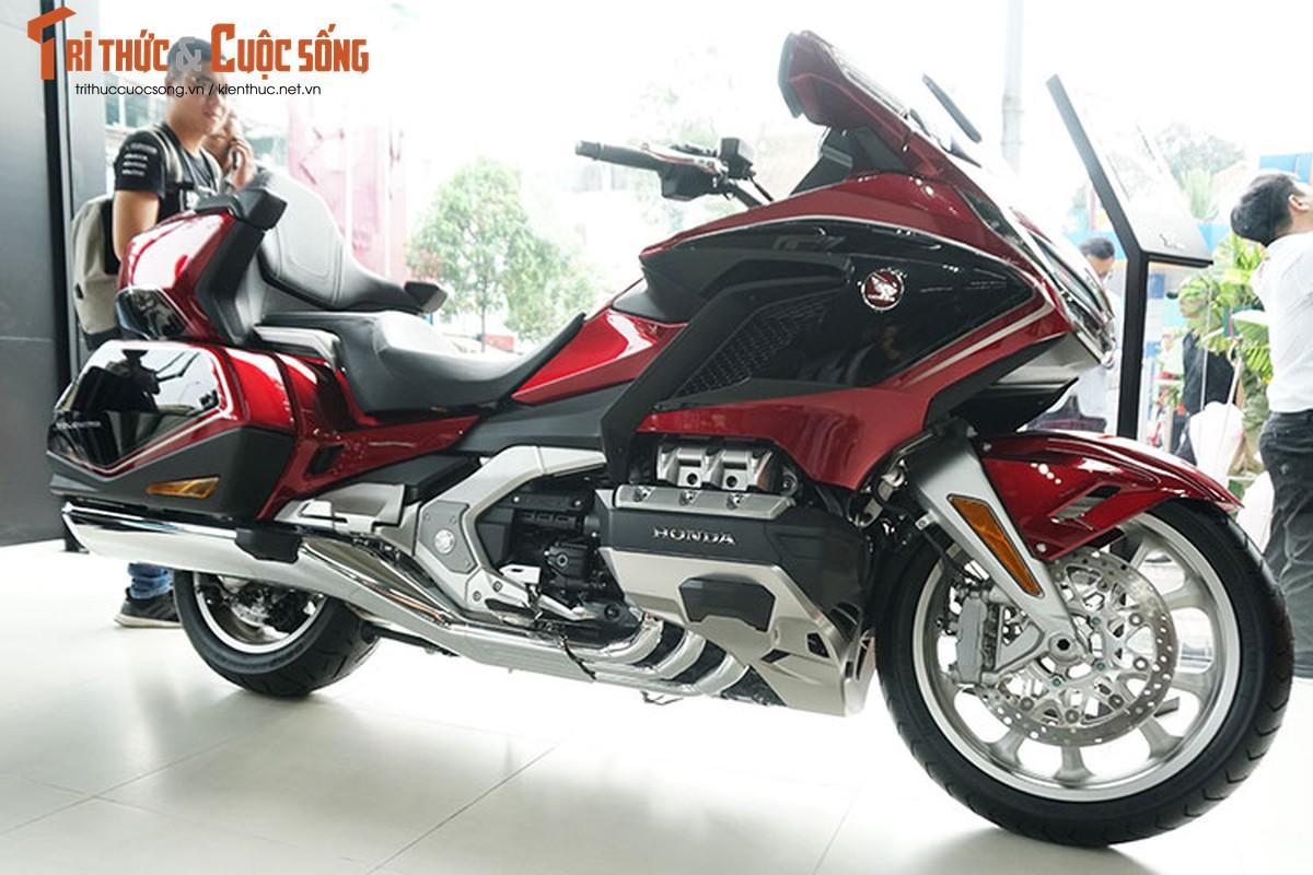 Danh gia moto Honda Gold Wing moi gia 1,2 ty tai Viet Nam-Hinh-2