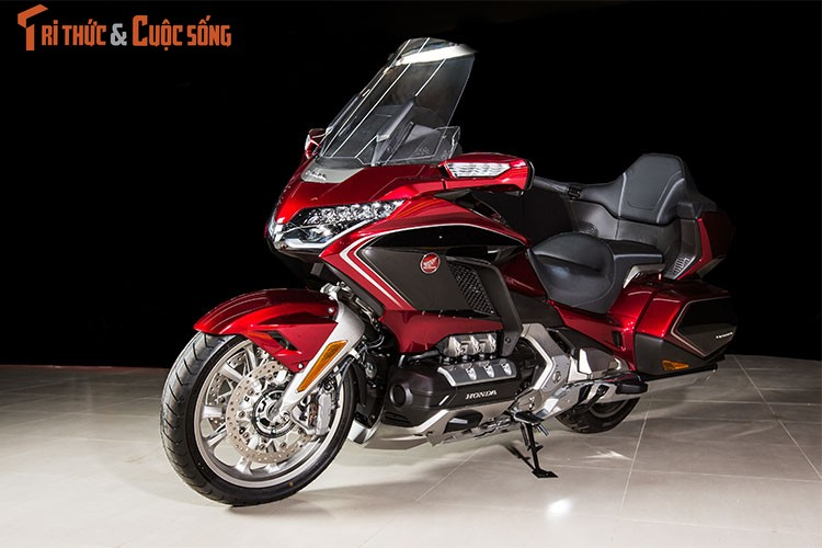 Danh gia moto Honda Gold Wing moi gia 1,2 ty tai Viet Nam
