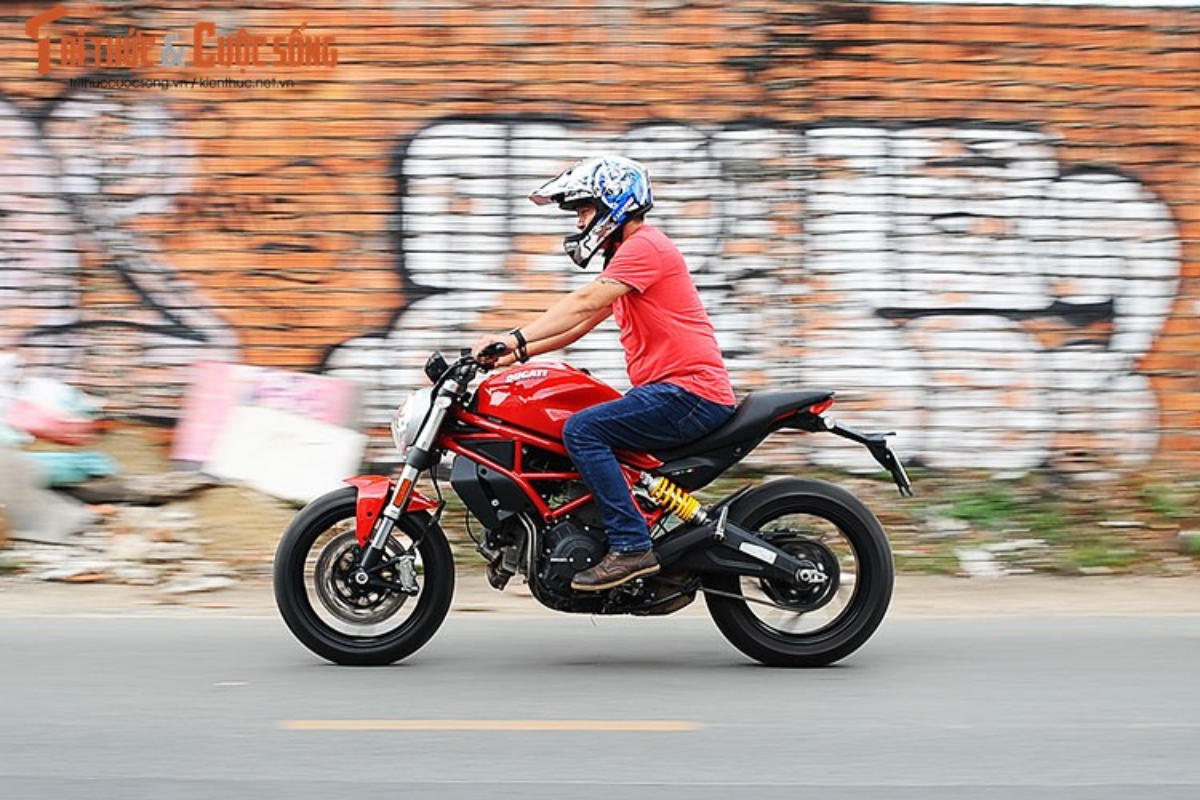 "Cam lai ""quy nho"" Ducati Monster 797 gia 329 trieu tai Viet Nam-Hinh-12"
