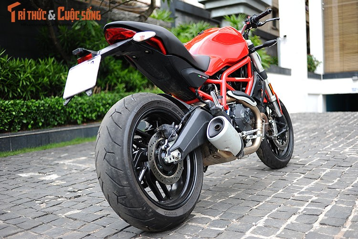 "Cam lai ""quy nho"" Ducati Monster 797 gia 329 trieu tai Viet Nam-Hinh-15"