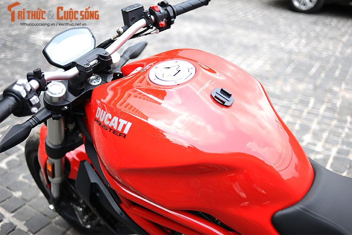 "Cam lai ""quy nho"" Ducati Monster 797 gia 329 trieu tai Viet Nam-Hinh-5"