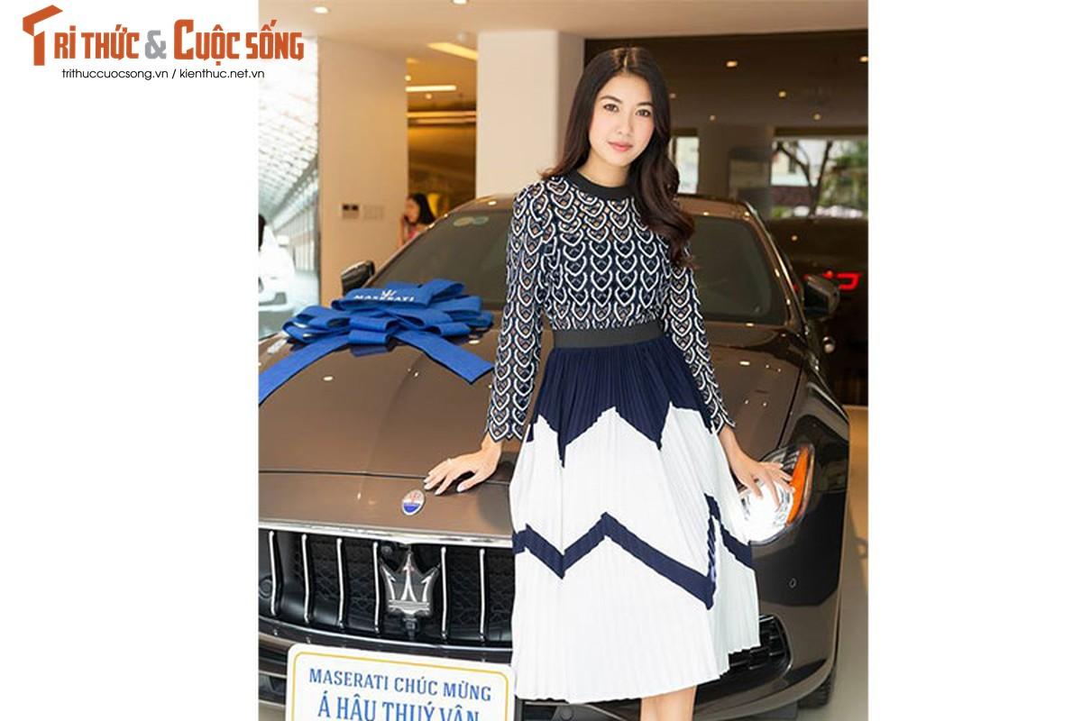 A Hau Thuy Van tau xe sang Maserati gia 6,9 ty dong-Hinh-2