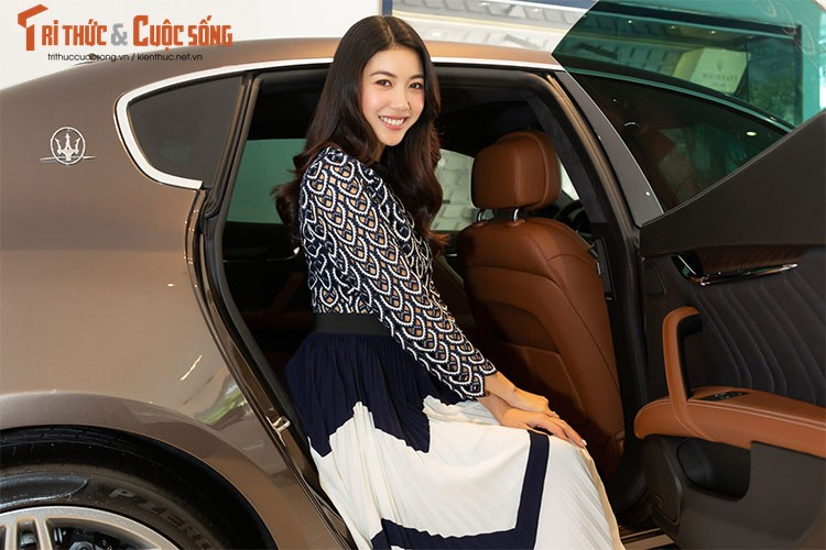 A Hau Thuy Van tau xe sang Maserati gia 6,9 ty dong-Hinh-3