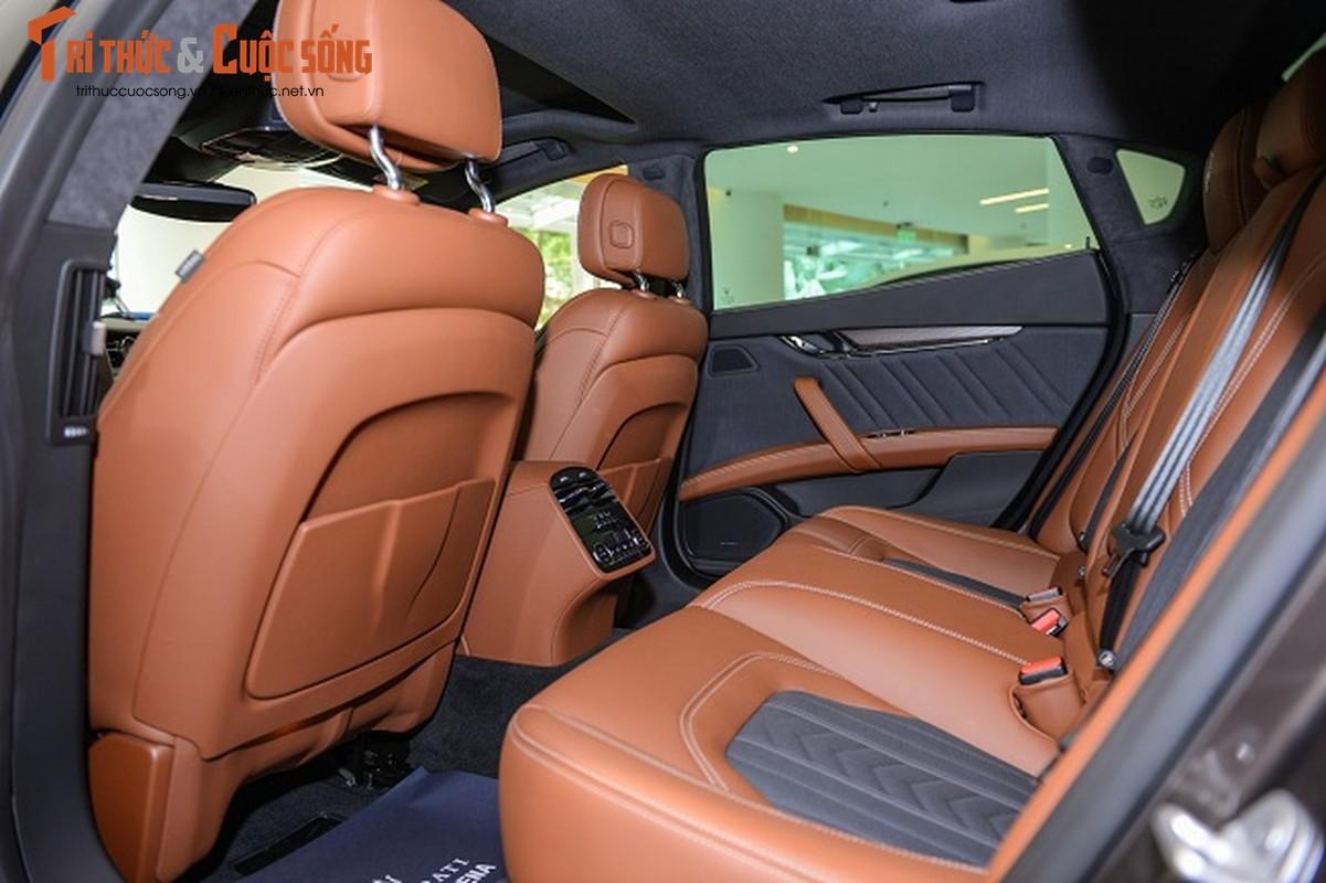 A Hau Thuy Van tau xe sang Maserati gia 6,9 ty dong-Hinh-6