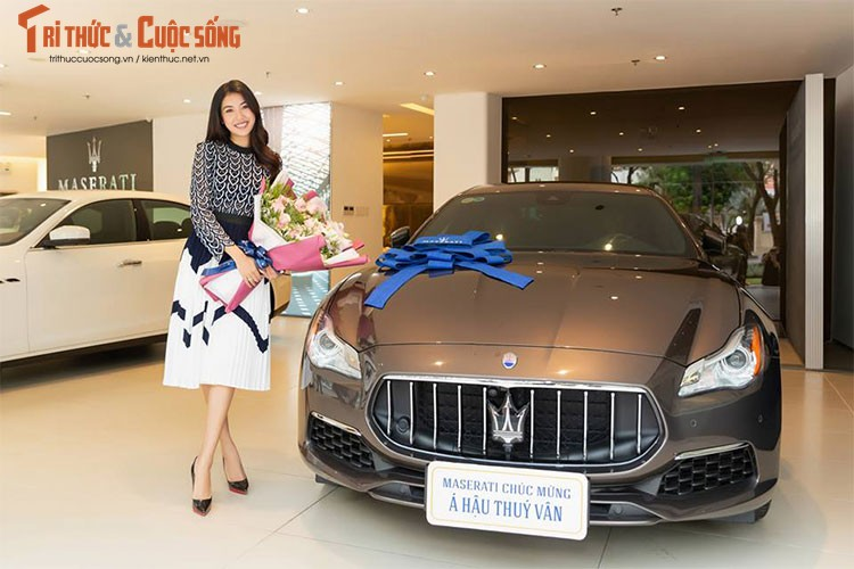 A Hau Thuy Van tau xe sang Maserati gia 6,9 ty dong