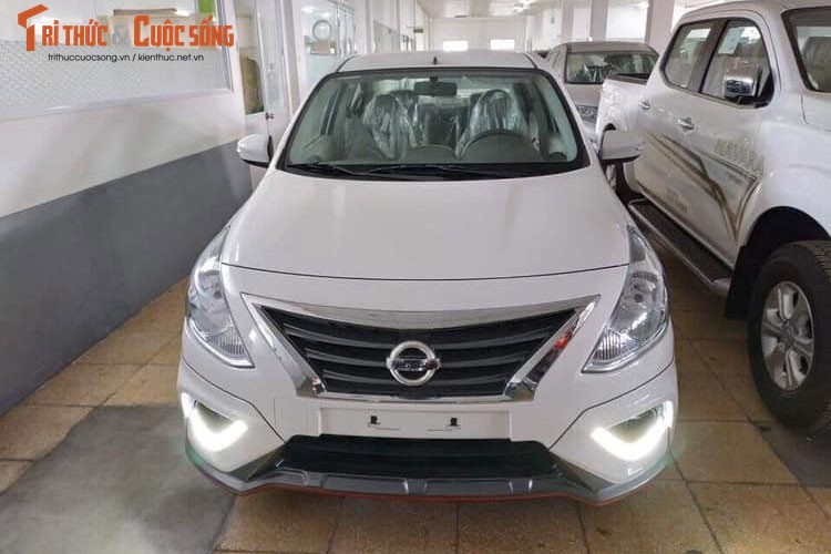 Can canh Nissan Sunny Q-Series 2018 gia re tai Viet Nam-Hinh-2