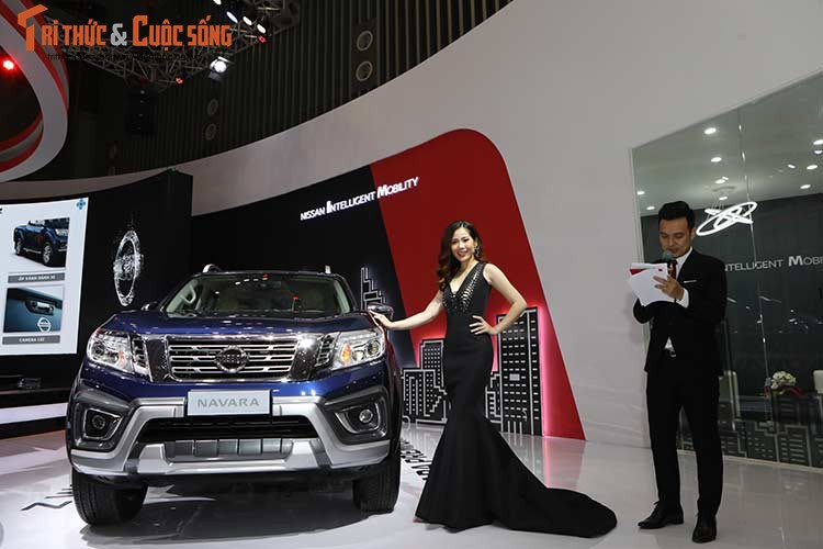 "Nissan ""show hang"" loat xe oto moi tai VMS 2018-Hinh-6"