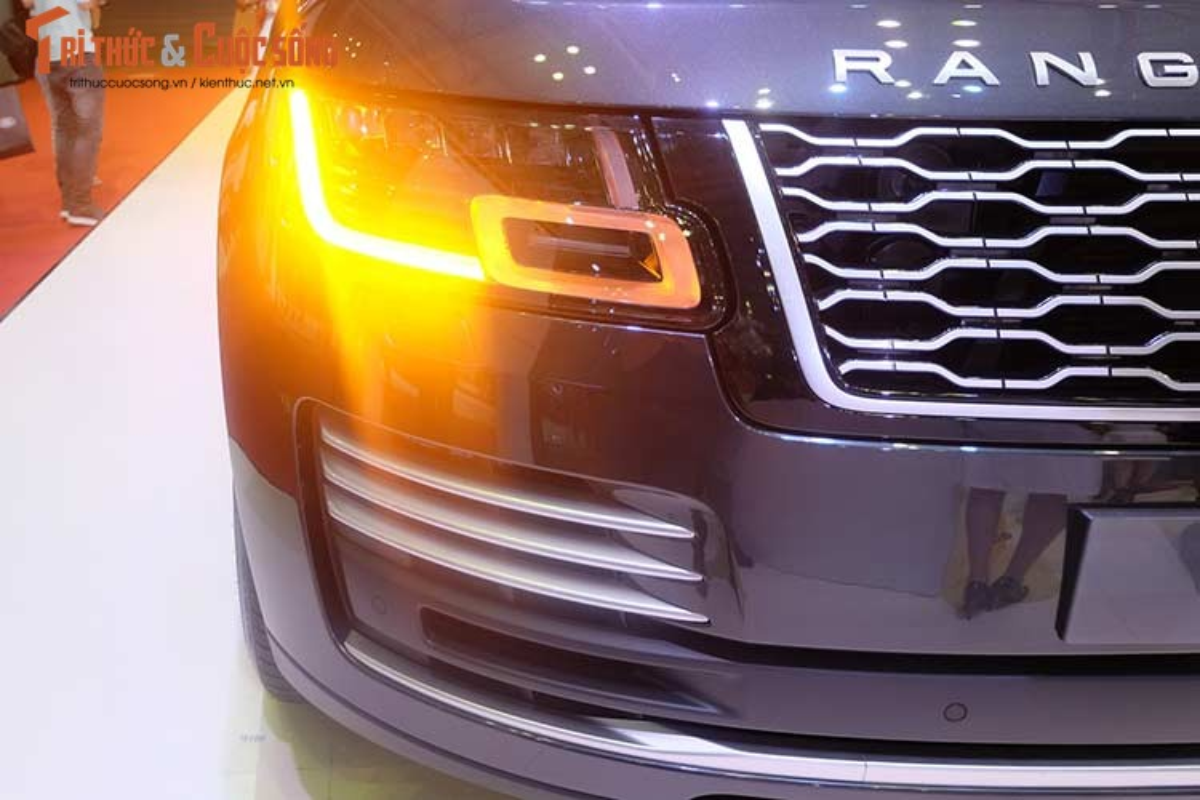Can canh xe Range Rover moi hon 10 ty tai VMS 2018-Hinh-2