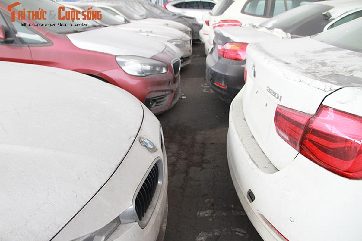 Can canh dan xe BMW nhap lau nam moc meo o cang Sai Gon-Hinh-9