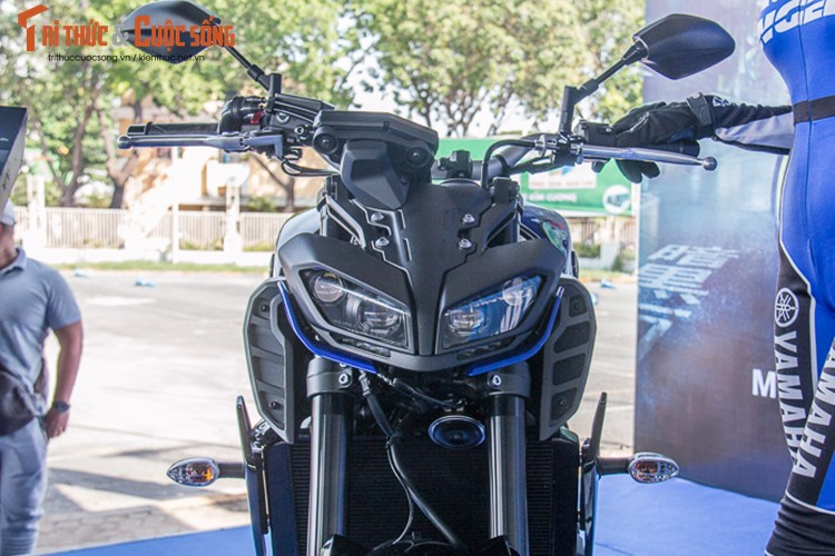 Can canh Yamaha MT-09 chinh hang gia 299 trieu dong-Hinh-3