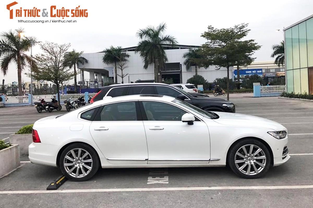 Xe Volvo S90 Inscription dung chan, ban 2,1 ty tai Ha Noi-Hinh-2