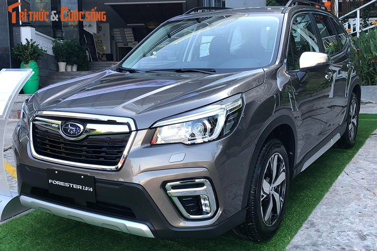 Can canh Subaru Forester 2019 tu 990 trieu tai Viet Nam