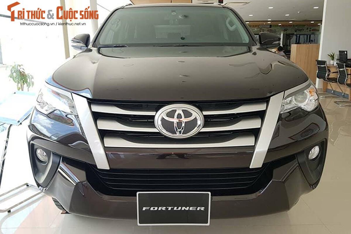 Chi tiet Toyota Fortuner 2019 hon 1,3 ty dong tai Viet Nam-Hinh-3