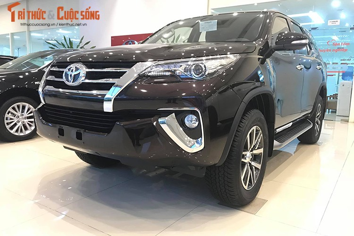 Chi tiet Toyota Fortuner 2019 hon 1,3 ty dong tai Viet Nam