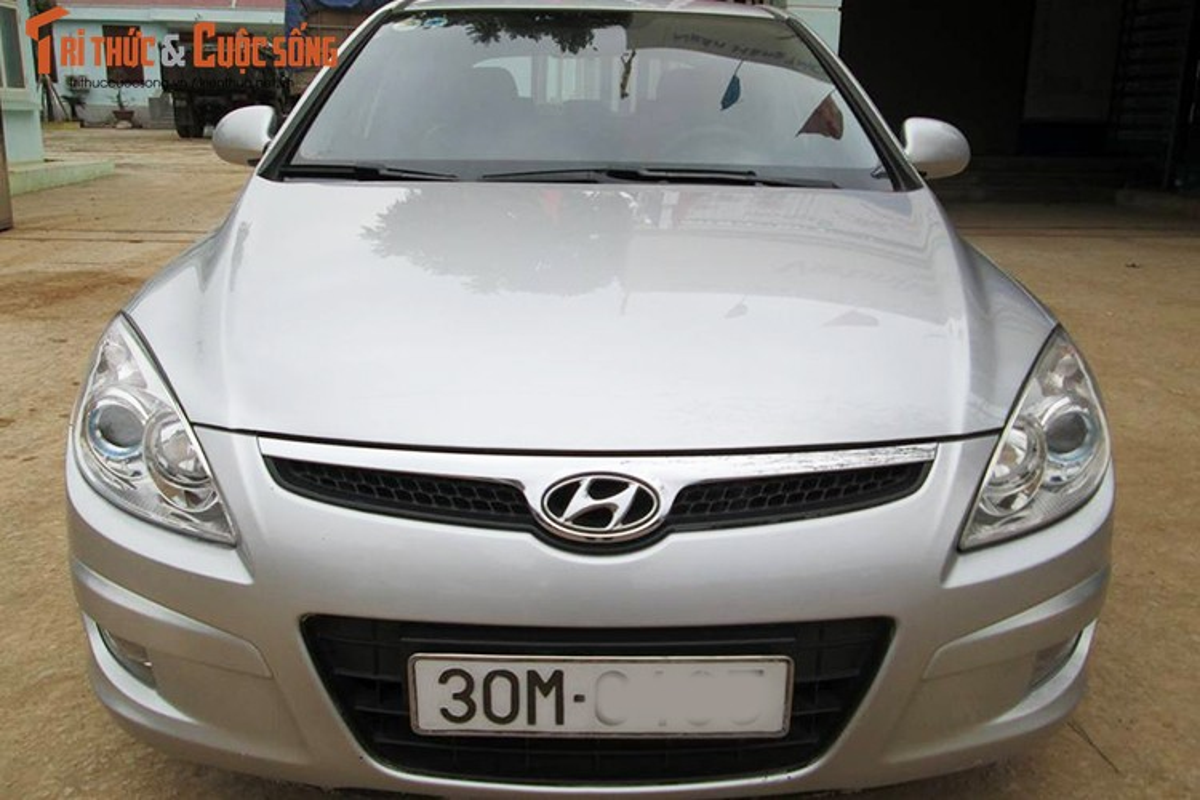 Hyundai i30 may dau dung 12 nam ban 350 trieu o Ha Noi-Hinh-2