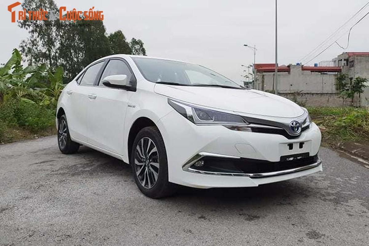 Sao Toyota Corolla Hybrid 2019 moi chi 300 trieu o Viet Nam?