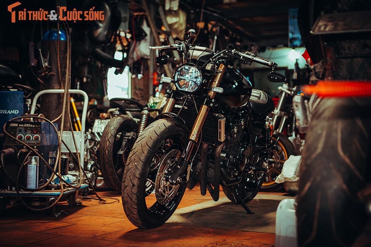 Honda CB400 cafe racer cuc chat tu lo do Tu Thanh Da