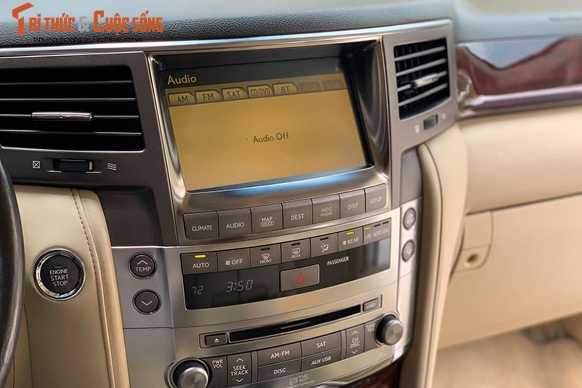 Lexus LX570 dung 10 nam chao ban 2,5 ty dong tai Ha Noi-Hinh-6