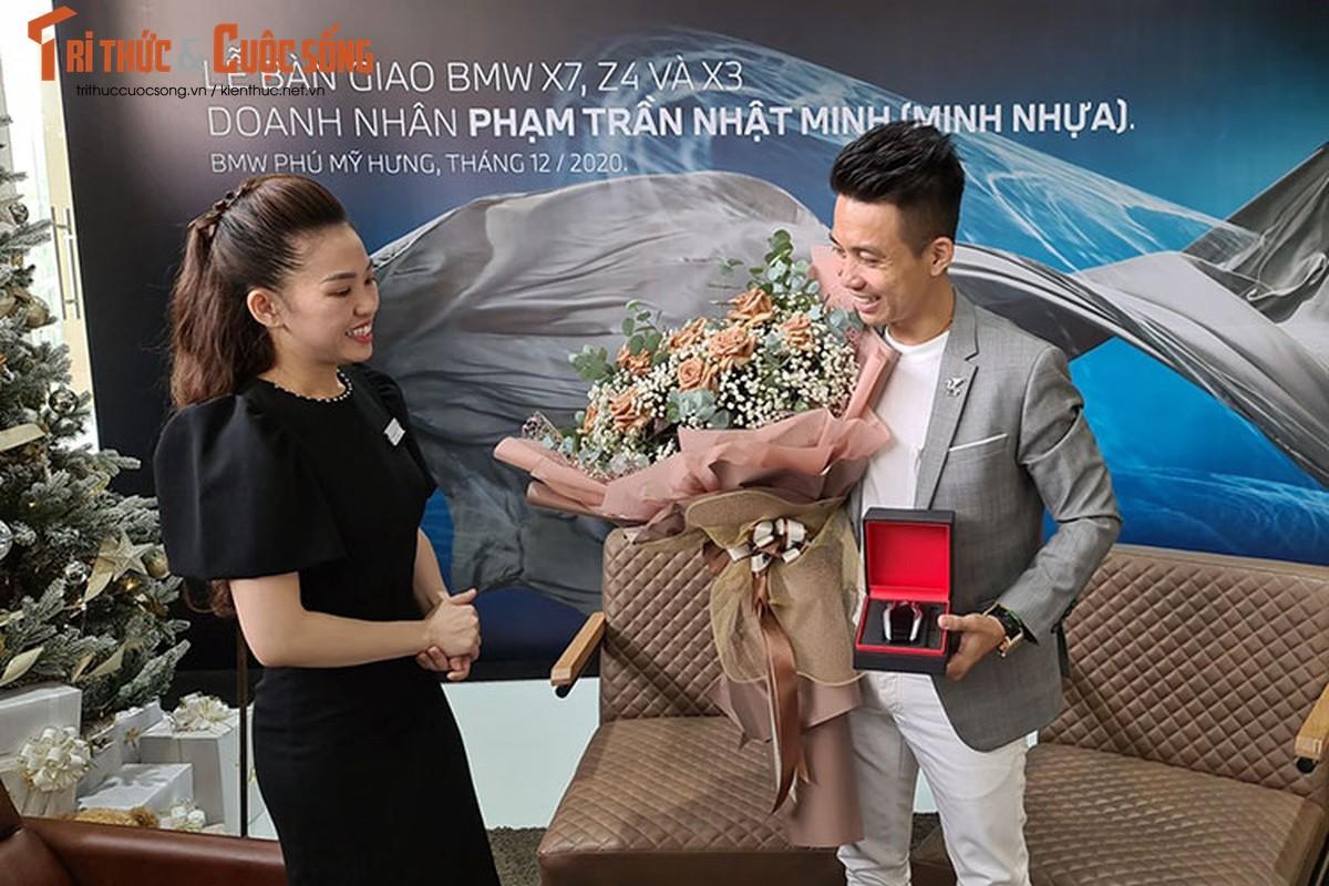 Dai gia Minh nhua