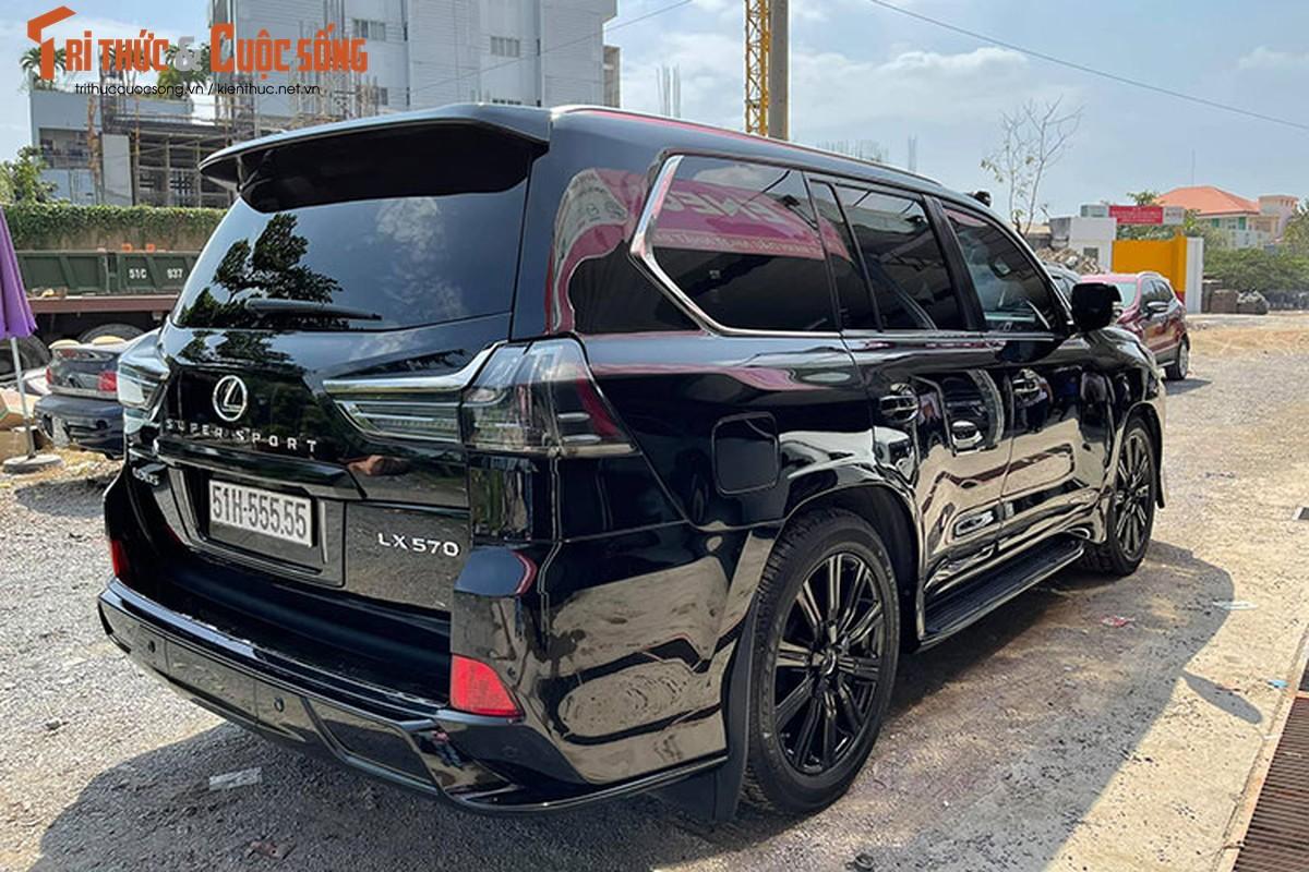 Ngam Lexus LX570 hon 8 ty, bien