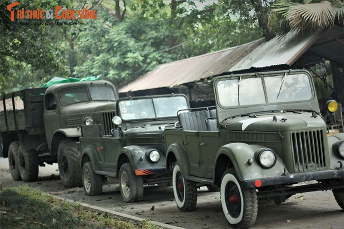 Nguoi lam vuon tang xe GAZ 69 toi gia dinh Dai tuong Vo Nguyen Giap-Hinh-3