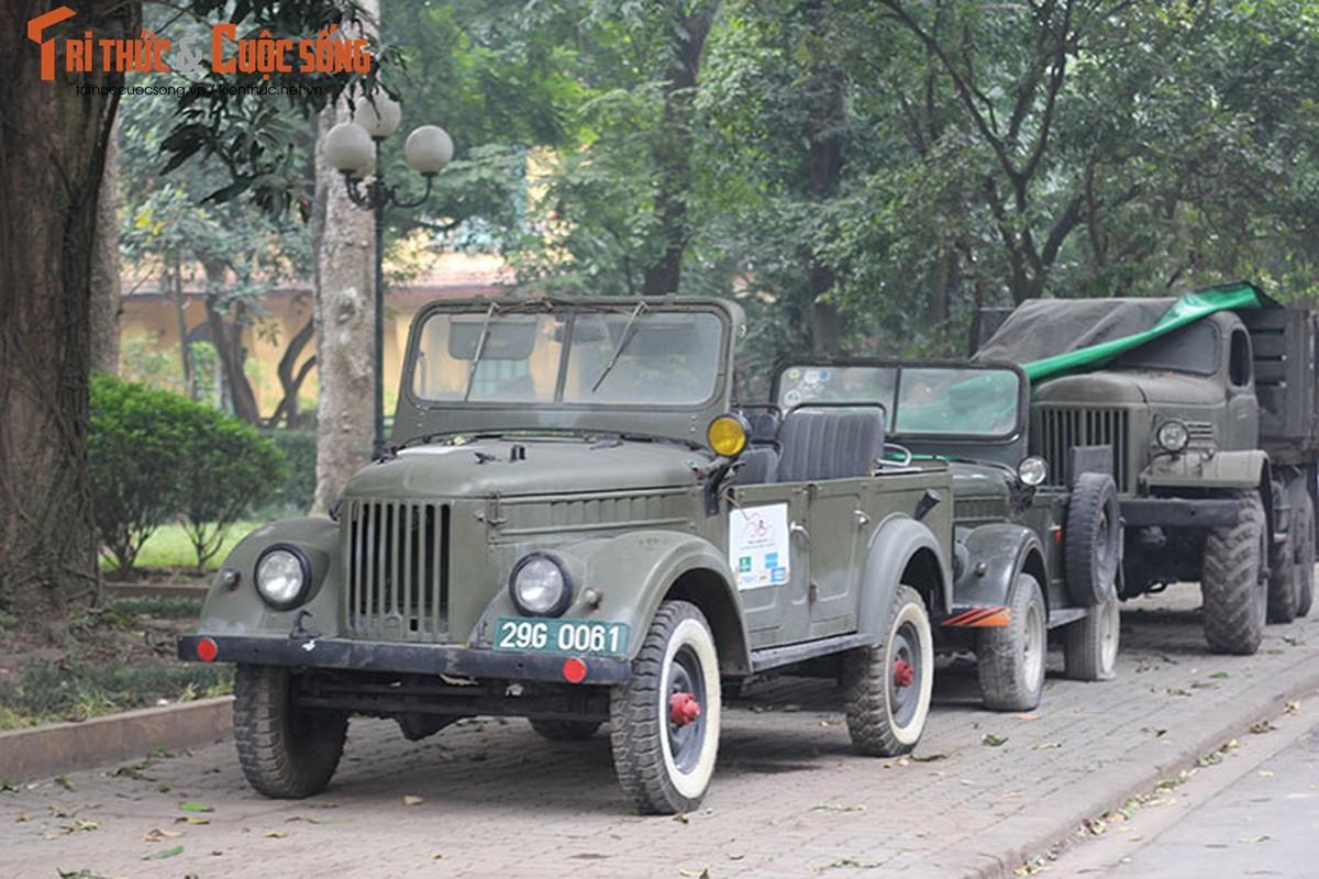 Nguoi lam vuon tang xe GAZ 69 toi gia dinh Dai tuong Vo Nguyen Giap-Hinh-6
