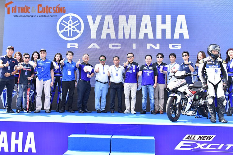 Dan choi xe may Viet do ve Can Tho tham du Yamaha GP 2021