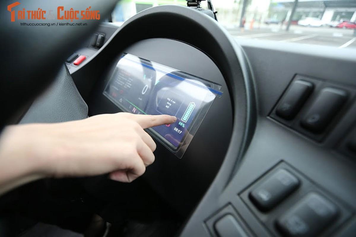 Can canh xe buyt dien Vinfast vua chinh thuc lan banh tai Ha Noi-Hinh-6