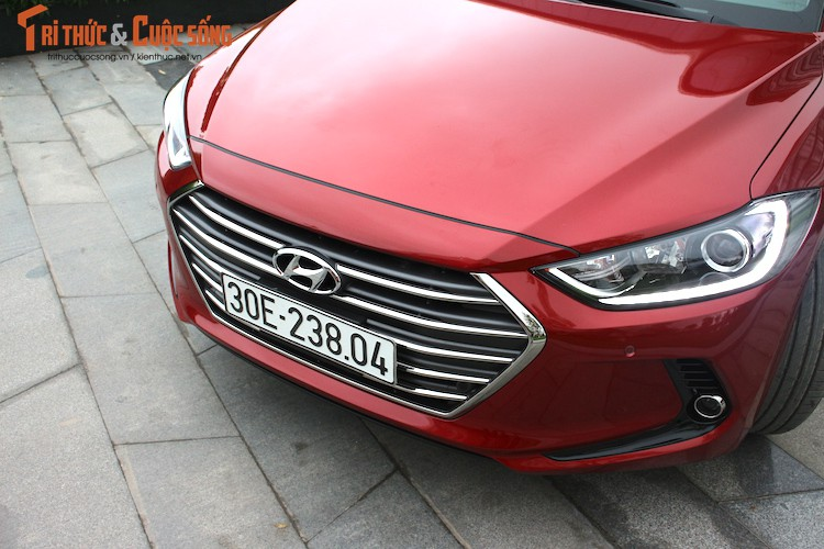 Can canh chiec Hyundai Elantra thu 5000 tai Viet Nam-Hinh-6