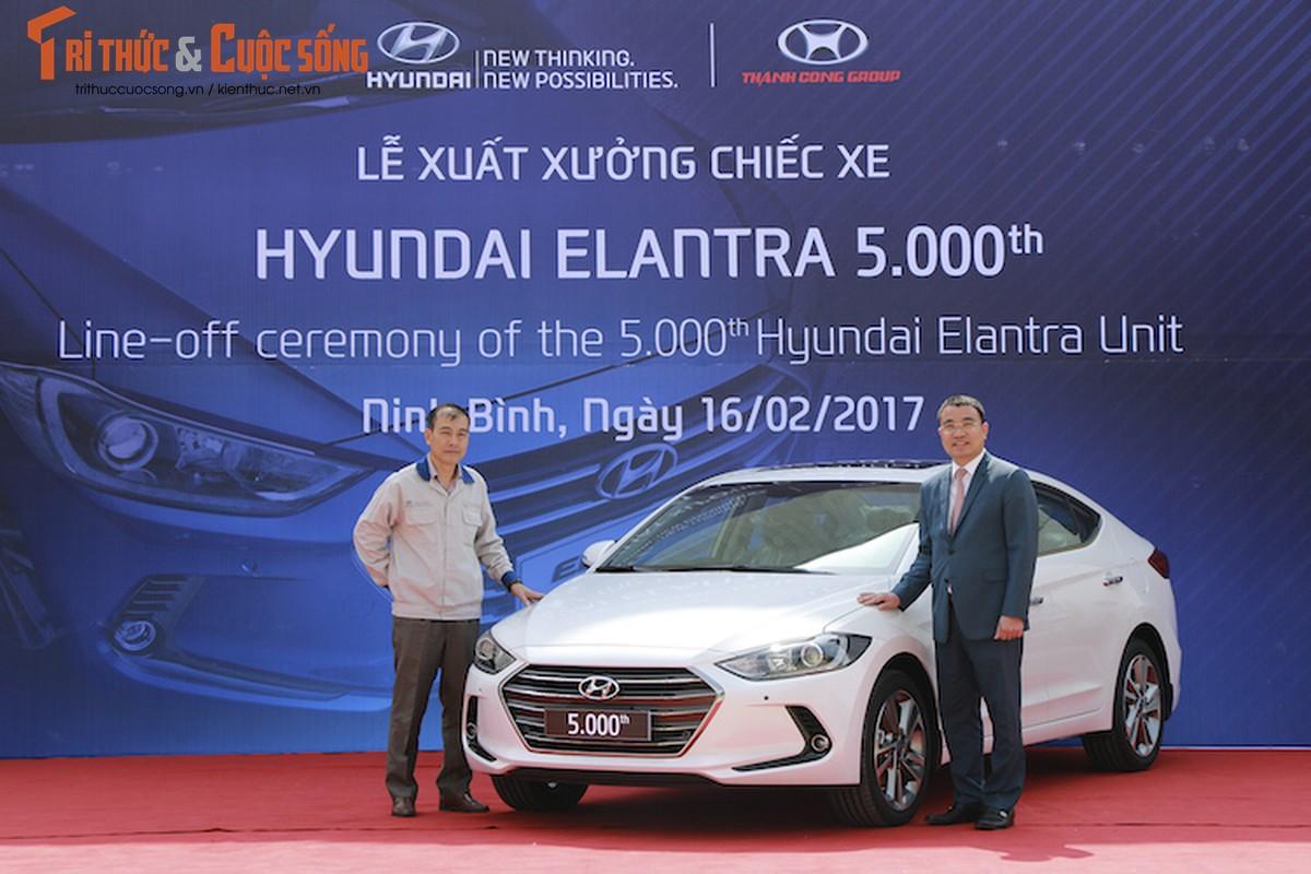 Can canh chiec Hyundai Elantra thu 5000 tai Viet Nam