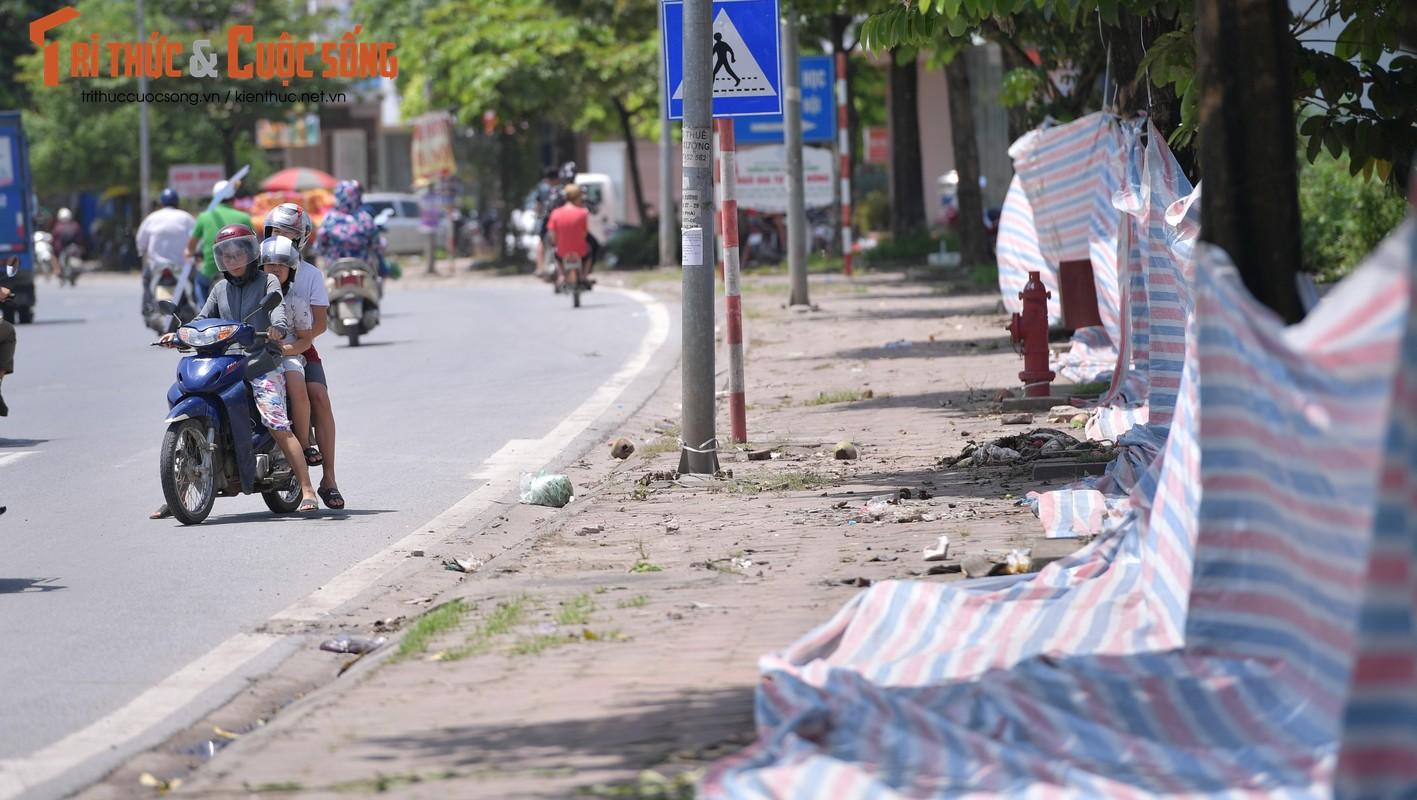 "Hang tram tan rac chat thanh ""nui"" giua thu do Ha Noi-Hinh-11"