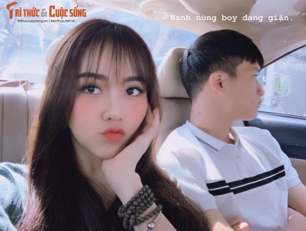 "Ban gai cau thu Hoang Duc dep ""than sau"" tren bao Trung Quoc-Hinh-8"