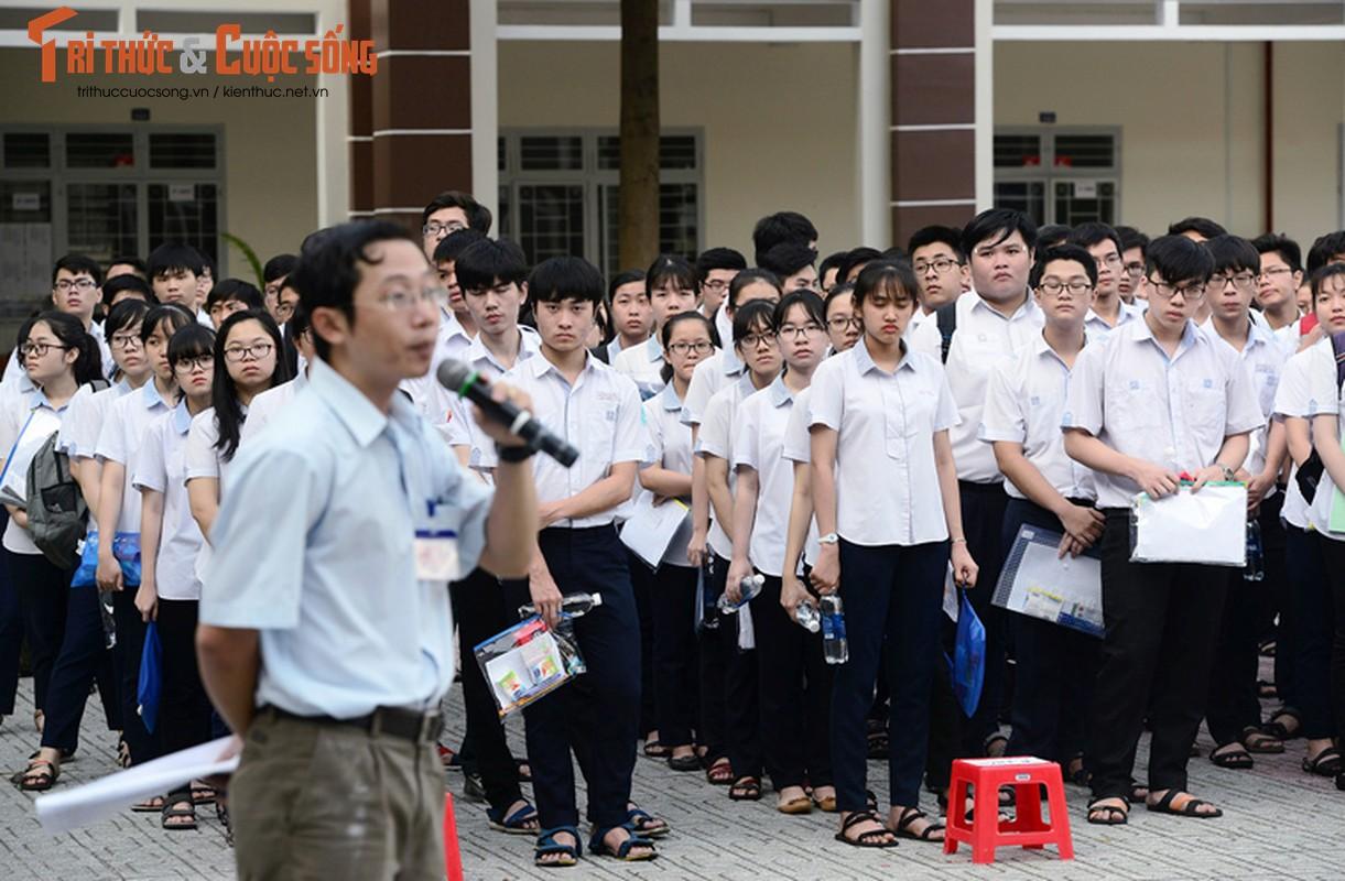 Anh: Thi sinh tu tin cuoi rang ro den thi THPT quoc gia 2018-Hinh-11