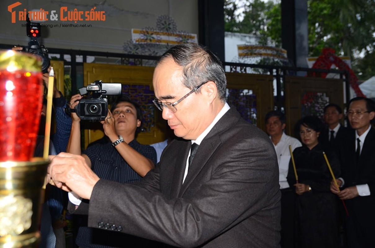Bi thu Nguyen Thien Nhan xuc dong vieng tang Dong chi Nguyen Thi Thu-Hinh-5