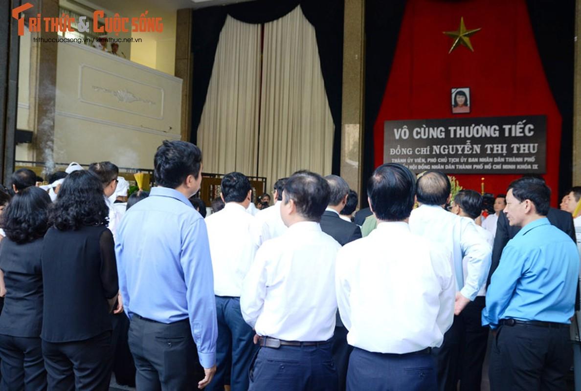 Bi thu Nguyen Thien Nhan xuc dong vieng tang Dong chi Nguyen Thi Thu