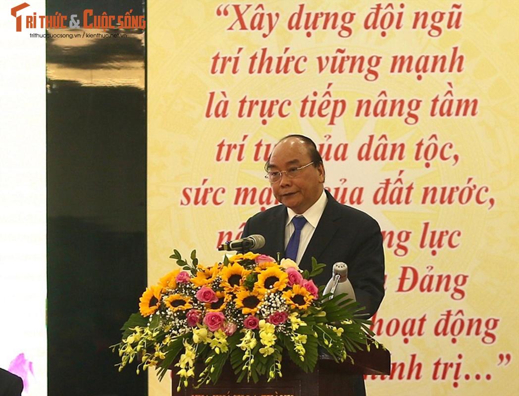 Toan canh Dai hoi Dai bieu toan quoc Lien hiep Hoi Viet Nam lan thu VIII-Hinh-4