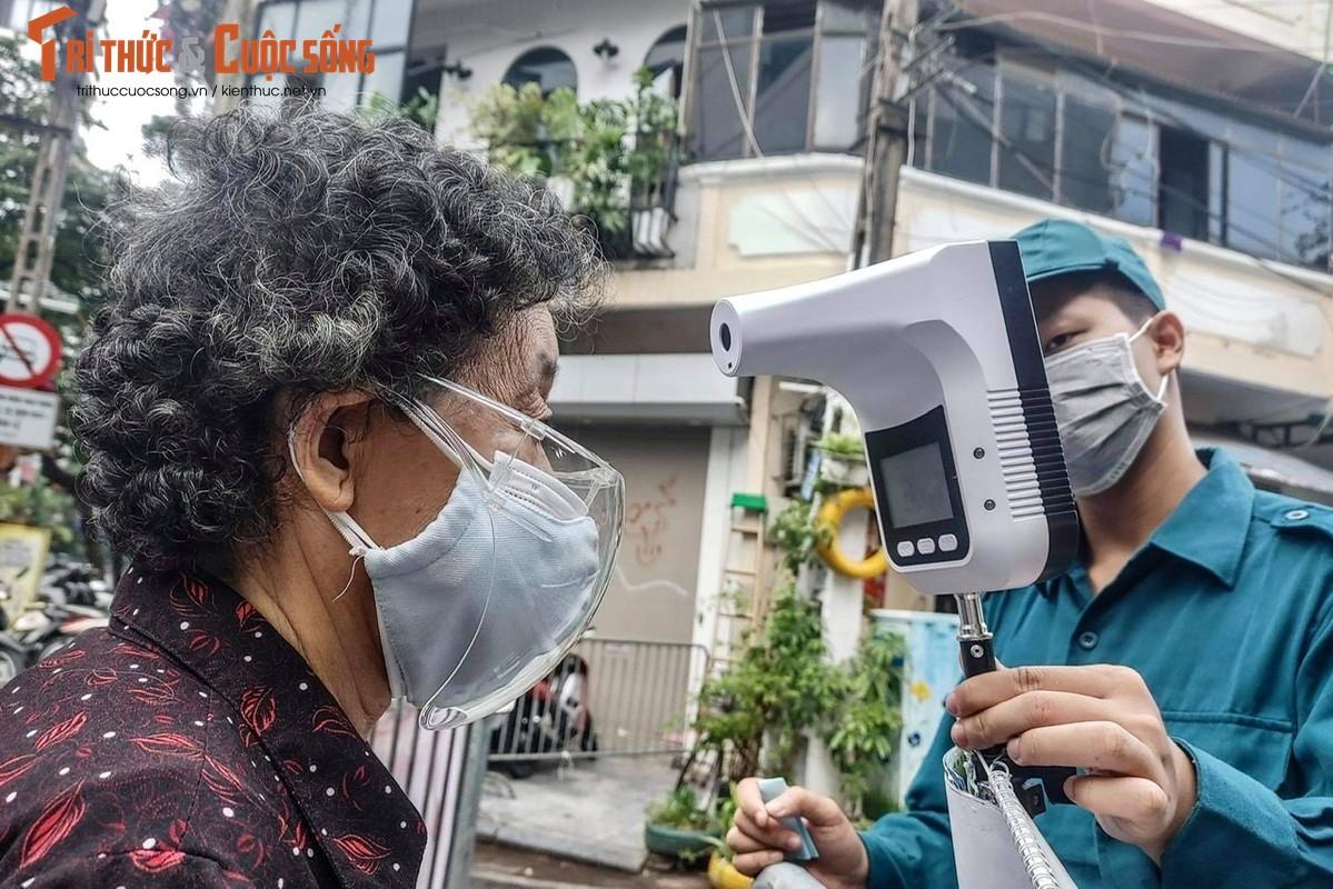 """Cho """"nha giau"""" Hang Be mo lai: Nguoi mua ban phai quet QR, khai bao thong tin-Hinh-4"""