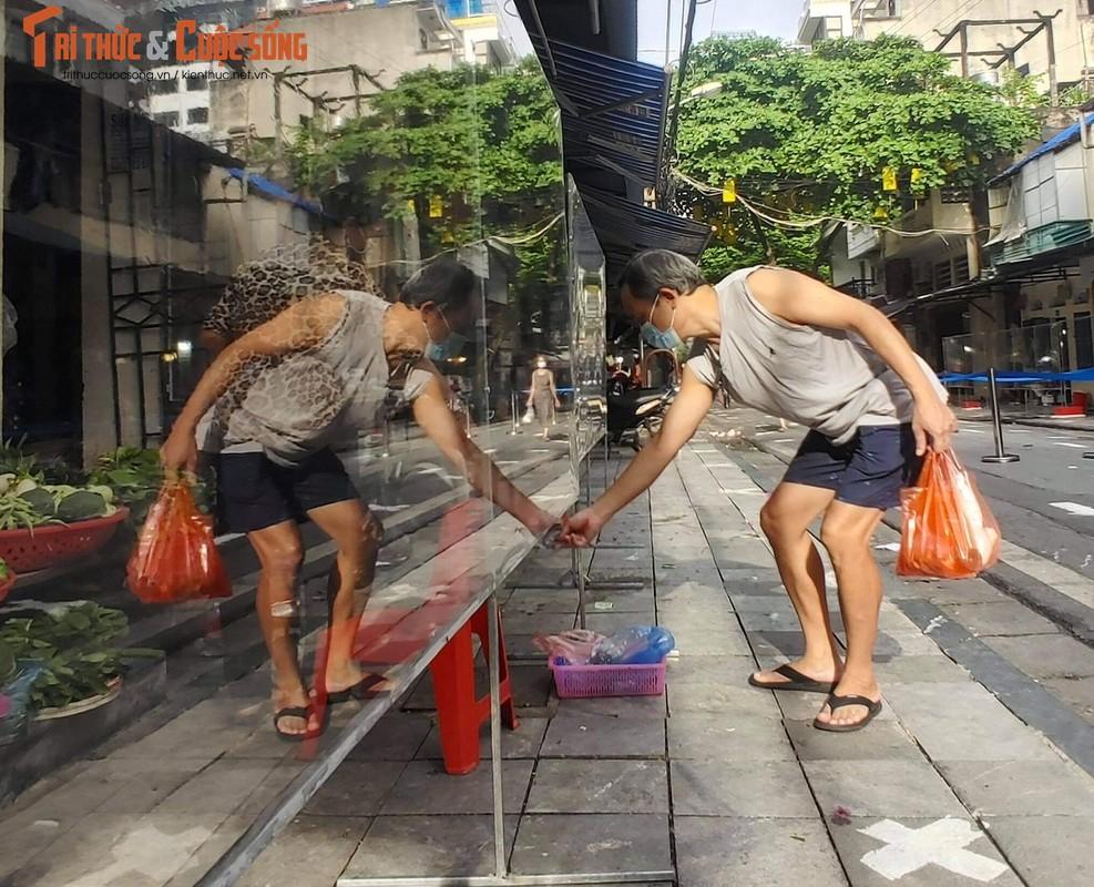 """Cho """"nha giau"""" Hang Be mo lai: Nguoi mua ban phai quet QR, khai bao thong tin-Hinh-7"""
