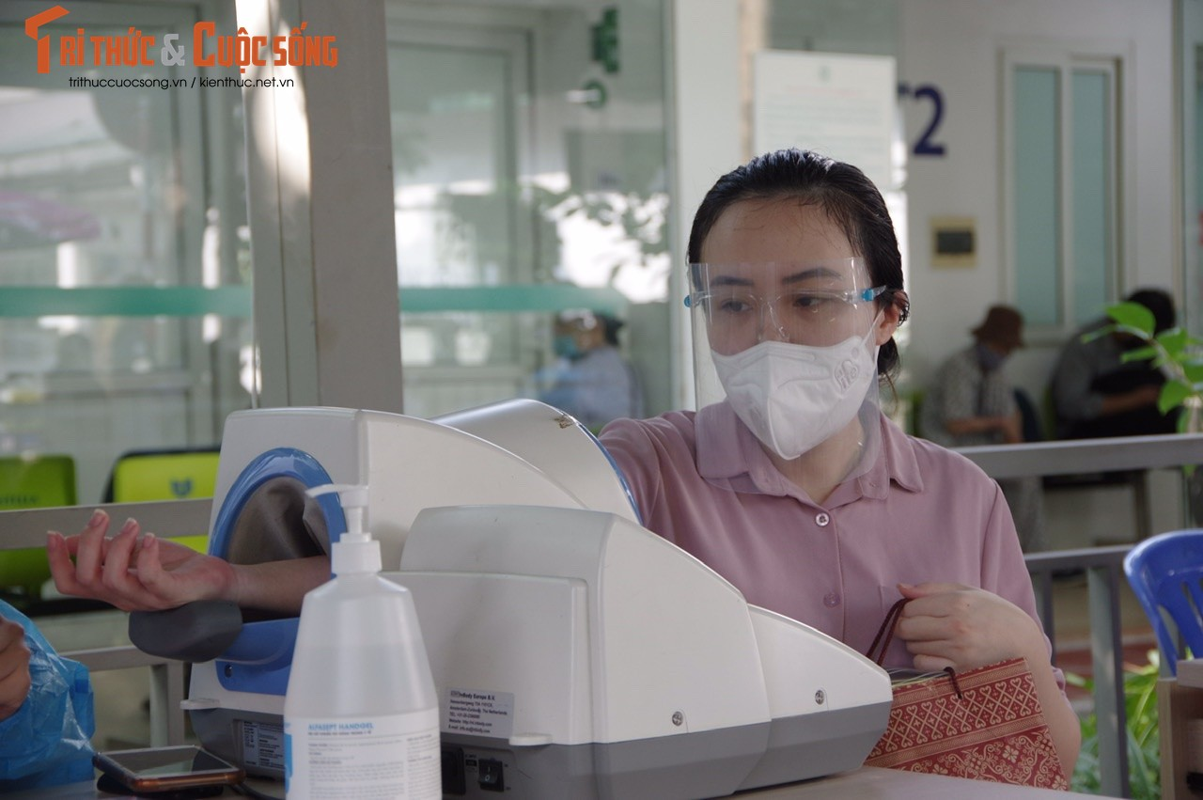 Hon 500 thai phu tren 13 tuan o Ha Noi duoc tiem Pfizer-Hinh-6