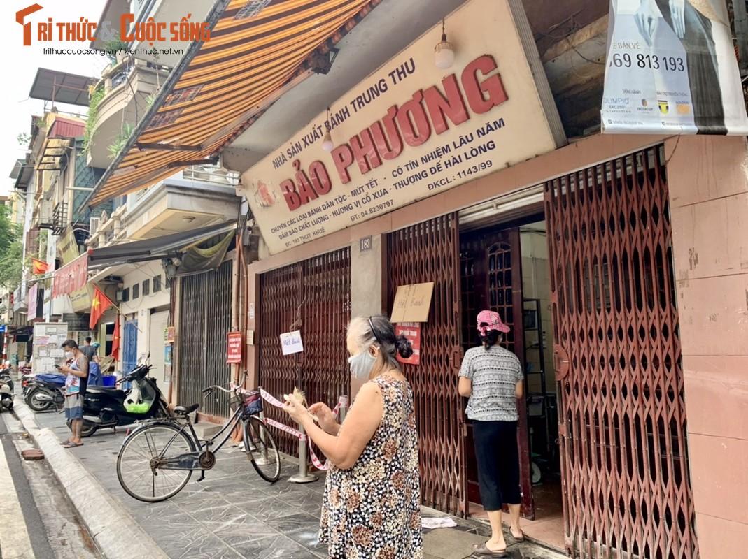 Tap nap khach giua dich, tiem banh Trung thu Bao Phuong bat ngo dong cua-Hinh-3