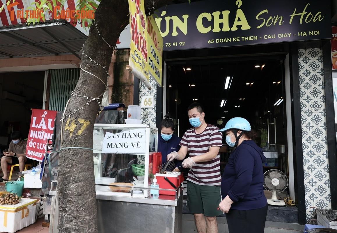"""Bun, mien ban ship ve """"chay hang""""... ngay dau Ha Noi noi long-Hinh-6"""