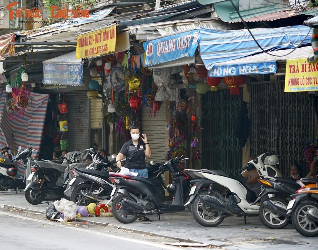 Thu phu do choi trung thu vang ve, lac dac ban den ong sao ruoc… online