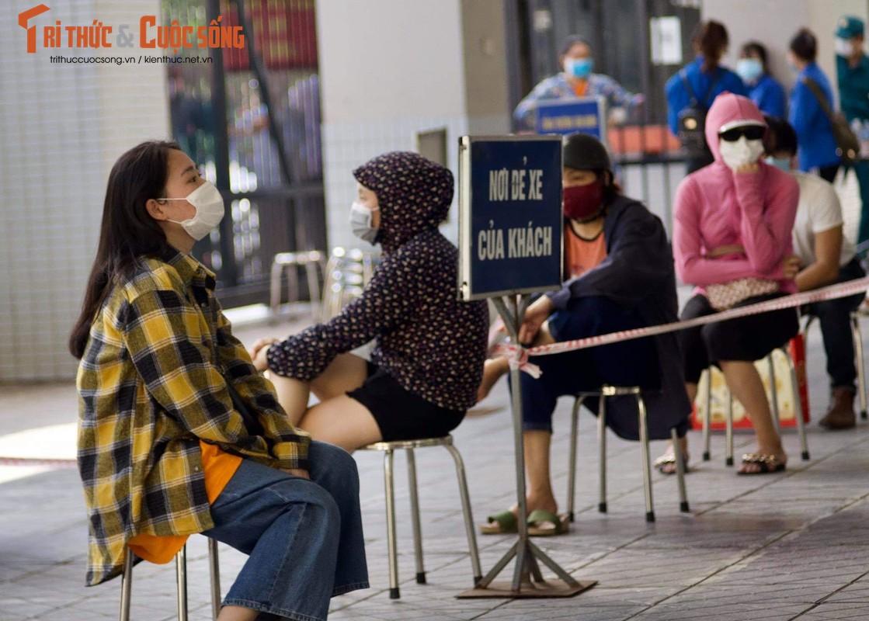 Xep hang tu sang den chieu... khong mua duoc banh Trung Thu Bao Phuong-Hinh-10