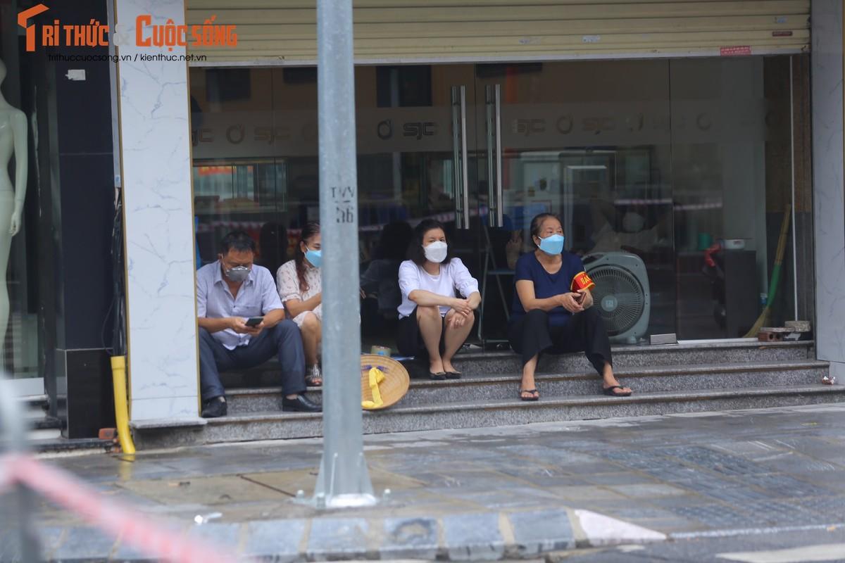 Ha Noi phong toa pho Tran Nhan Tong vi phat hien ca F0 moi-Hinh-5