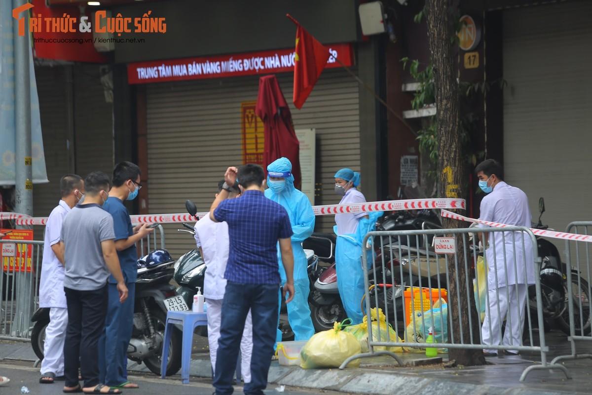 Ha Noi phong toa pho Tran Nhan Tong vi phat hien ca F0 moi-Hinh-8