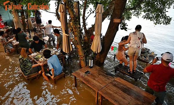 Thai Lan: Nha hang ngap nuoc, khach xan quan dung an!-Hinh-2