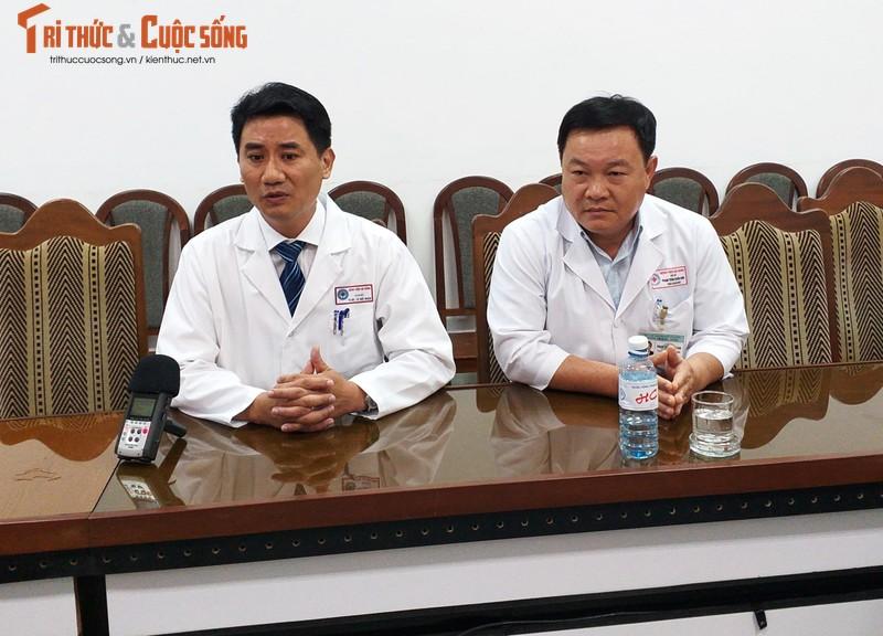 Vu du khach nghi ngo doc o Da Nang: Nan nhan song sot da tro chuyen duoc