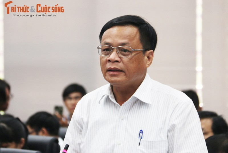 """Nhieu can bo Da Nang bi dinh chi sinh hoat Dang lien quan den Vu """"nhom""""-Hinh-2"""
